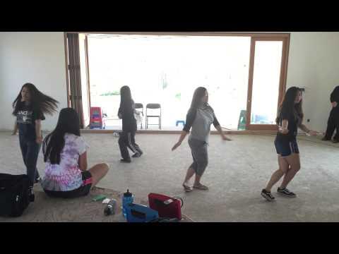 VLYT - Ai Ra Xu Hue Dance