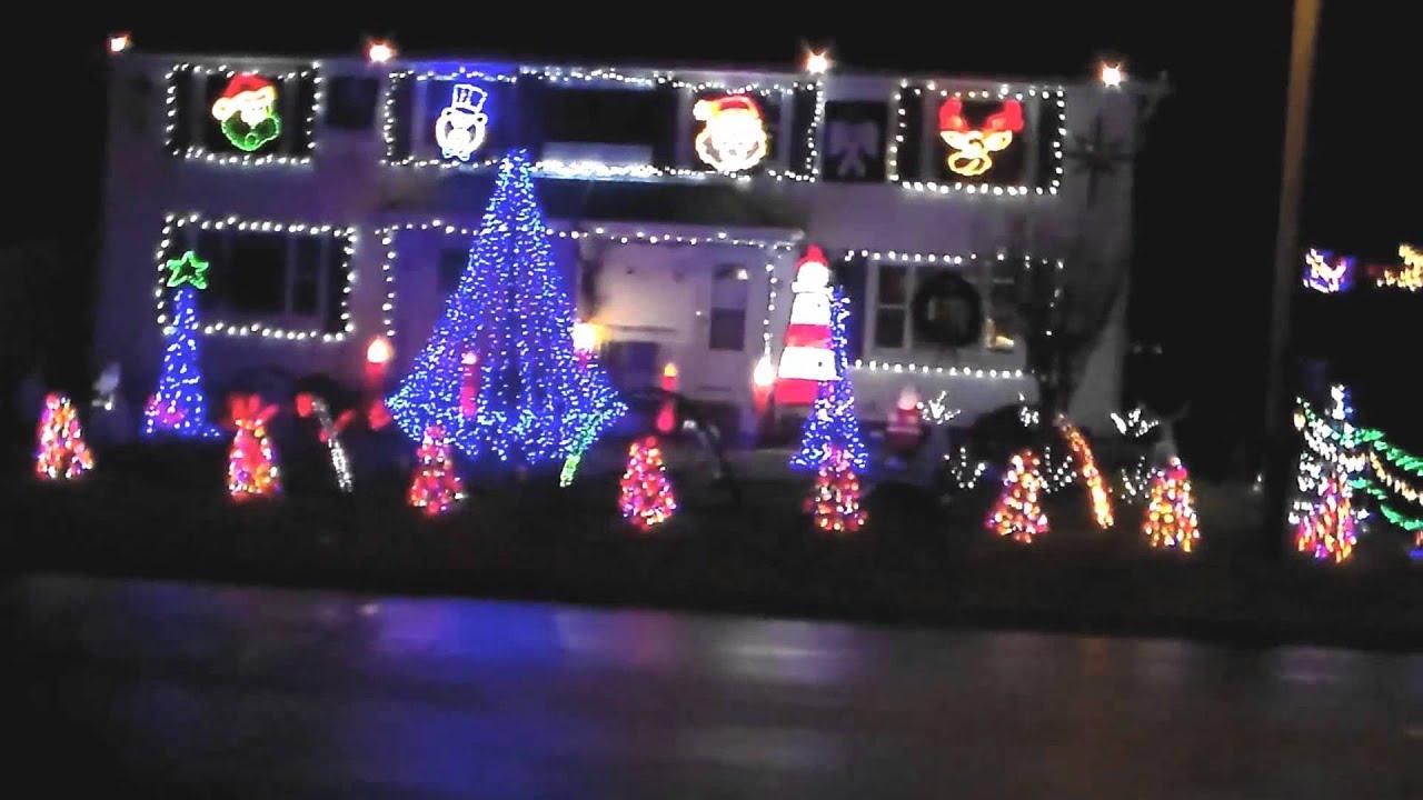 LAMPMAN FAMILY - CHRISTMAS LIGHTS TO MUSIC SHOW 2013 - YouTube