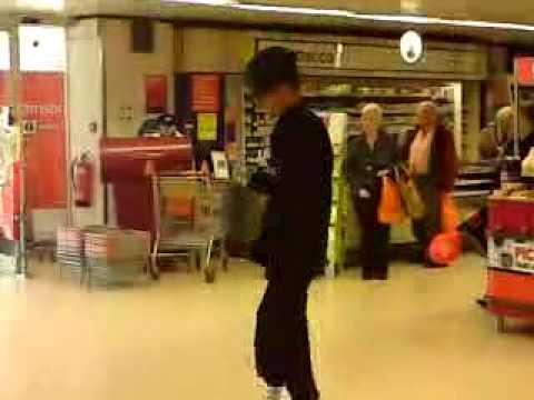 Michael Jackson in Sainsburys Kidderminster