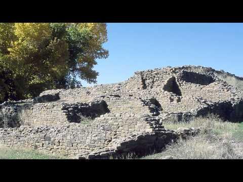 Aztec Ruins Tour 1 - Overlook