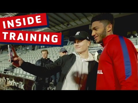 Gomez, Chalobah, Loftus-Cheek - Danish fans meet & greet with England Under 21s | Inside Training