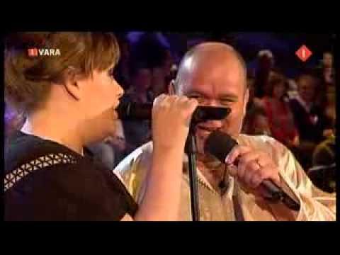Adele: Cold Shoulder with Paul de Leeuw