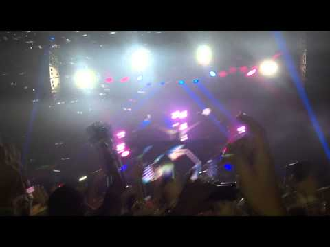 Steve Aoki @ Stereo Live 2015 Neon Future Experience