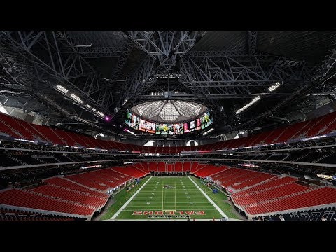 Fans Tour Mercedes Benz Stadium For The First Time Youtube