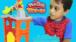 Spiderman PlayDoh Town Corpo de Bombeiros Massinha de Modelar Firehouse Playset