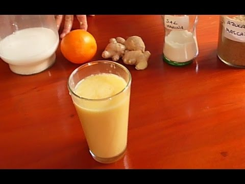 Jugos naturales: Suero leche de almendras y naranjas