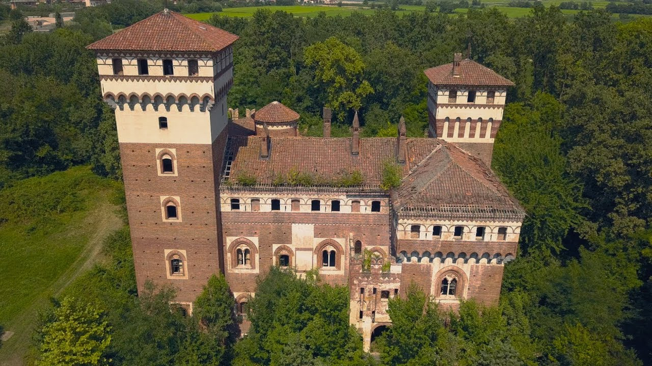 abandoned castles in italy for free