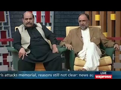 Khabardar with Aftab Iqbal - 15 November 2015 ( Qamar Zaman Kaira )