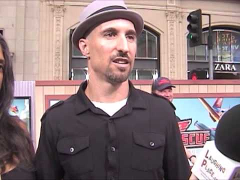 Scott Menville at the Premiere of Planes: Fire and Rescue ...
