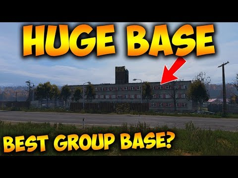 Exploring The Biggest Base I Have Ever Seen In DayZ - Huge Group Base Tour