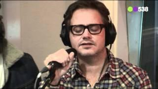 Radio 538: Gers Pardoel & Guus Meeuwis - Nergens Zonder Jou (live bij Evers Staat Op)