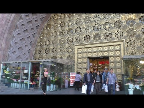 Ереван, пр.Маштоца, бывший Крытый Рынок, 13.10.19, Su,  Video-2.