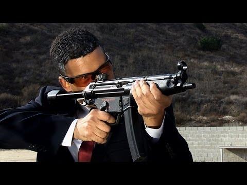 Obama Shooting a MP5