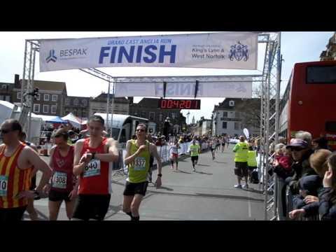 Grand East Anglia Run (GEAR) 2016 10K FINISH 32 mins - 1 hour