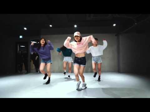 1Million Dance Studio | Boom Clap | May J Lee
