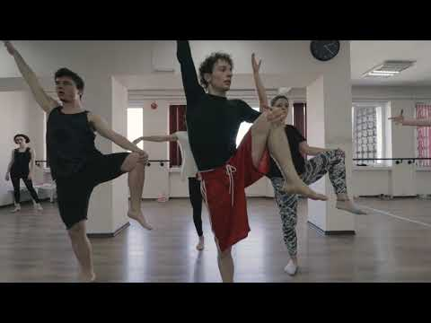 Contemporary workshop 1 with DANIELE SIBILLI @ International Dance Academy 360º Sofia