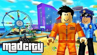 I'M DISCOVERING MAD CITY WITH MARY! Roblox