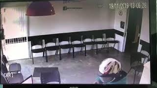 homem entra armado e assalta auto escola na Itoupavazinha, em Blumenau