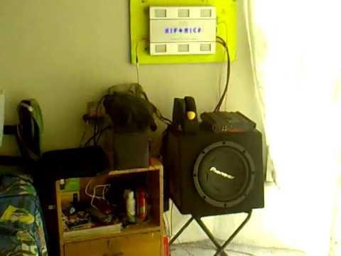 AMP HIFONICS TITAN TXI4406