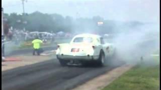 Tijuana Taxi Corvette vs Gone Beserk - Gassers at Beaver Springs
