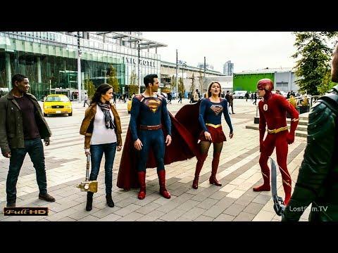 Супермен против Супермена в чёрном. Флэш и Супергёрл замедляют время