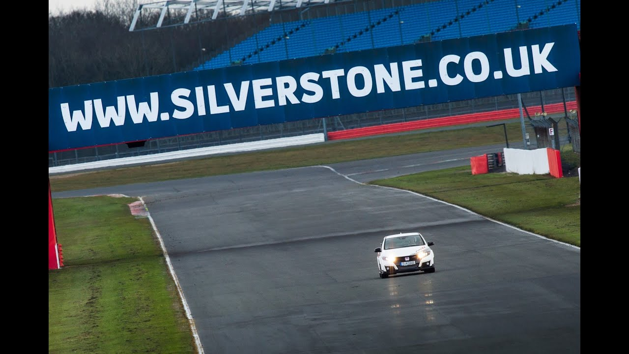 Honda Civic Type R record lap - Silverstone - YouTube
