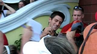 Novak Djokovic ambushed for autograph!