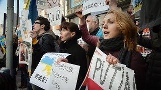 ロシア軍は撤退を 日本在住のウクライナ人が抗議