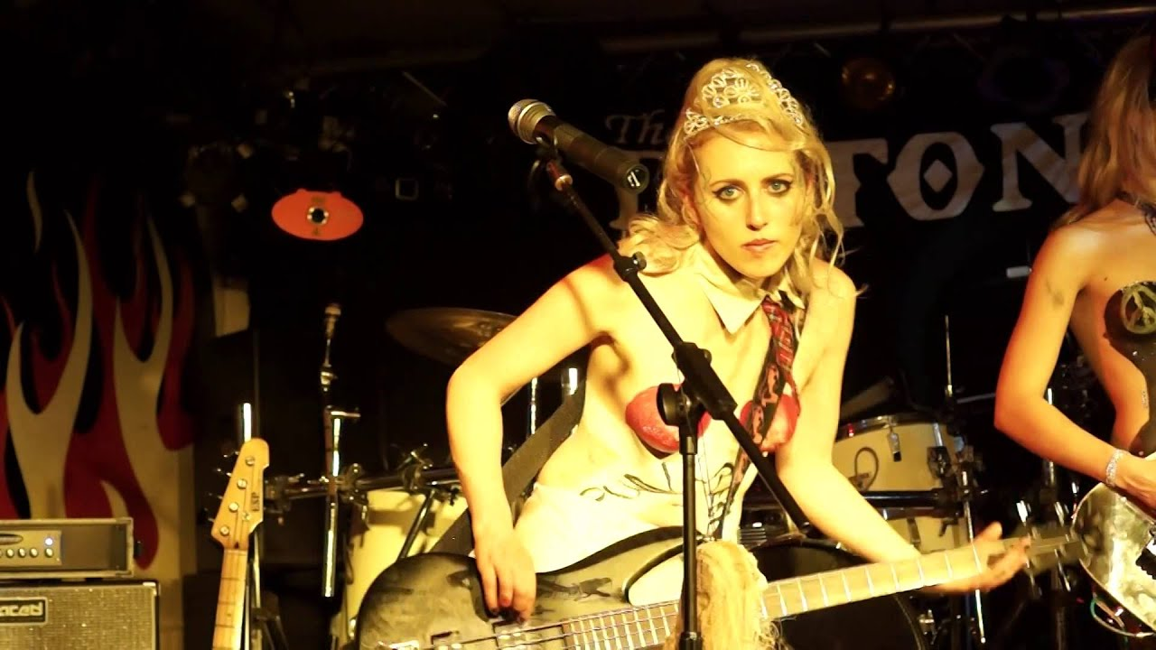 The Soap Girls - Real (Live @ Grimsby, Oct 2015)