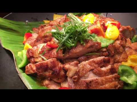 ASIAN Foods & Drinks: Special Foods served at Asia Market Cafe, Singapore