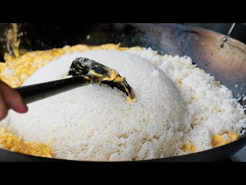Thai Street Food – GIANT EGG FRIED RICE Bangkok Seafood Thailand