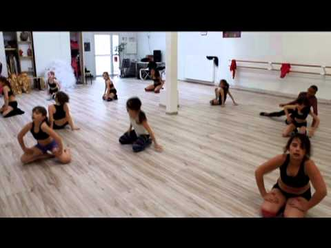 Programme danse etudes ecole de danse studio art dance for Porte arts and dance studio