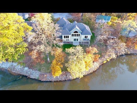 Home for sale - 2312 Walton Lake Drive, Fairfield, Iowa