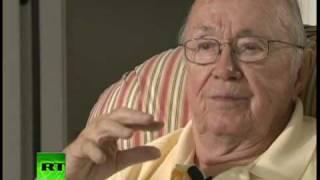 Entrevista con Theodore Van Kirk, superviviente de la tripulación del bombardero Enola Gay
