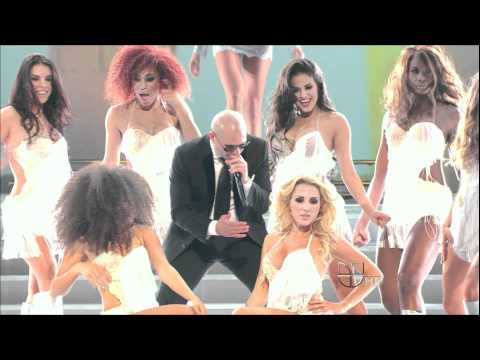 Pitbull - Bon Bon We No Speak Americano LIVE (HD)
