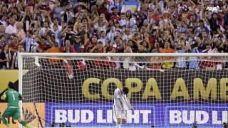 الأرجنتيني ليونيل ميسي يعلن إعتزاله اللعب الدولي