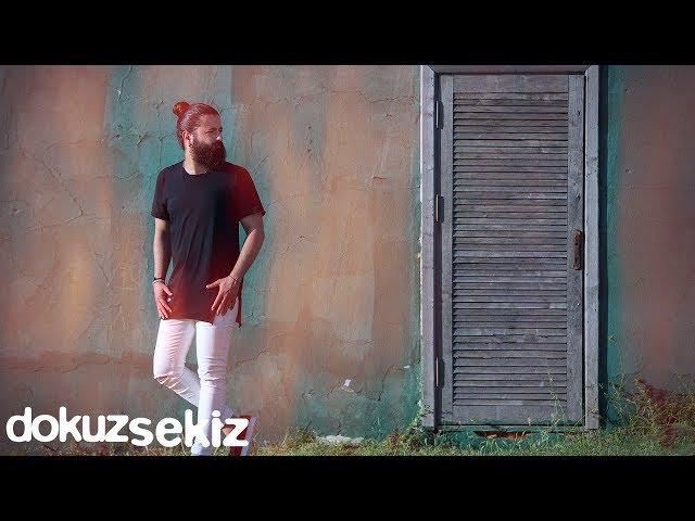 Koray Avcı - Yakarım Geceleri (Lyric Video)