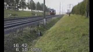 ТЭП80, вид со стороны, при скорости 253км/ч