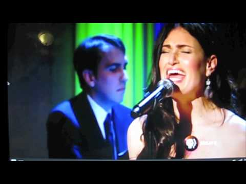Idina Menzel singing Defying Gravity at the White House for Obama