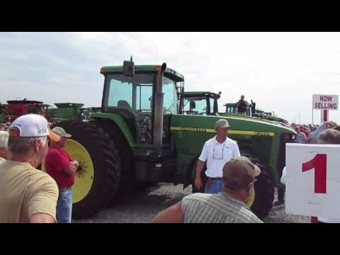 1997 John Deere 8300 Tractor with 1814 Hours Sold on Illinois Auction