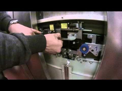 AUFZUG FLUCHT - Elevator escape