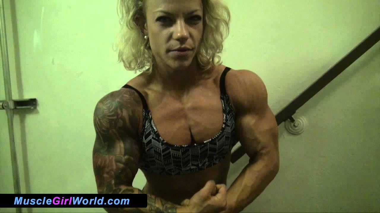 Female Muscle Chest Pump