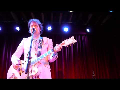 Dave Hill talks/shreds at the Bell House in Brooklyn
