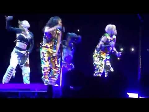 TLC w/ Left Eye's Rap Live performance of Waterfalls