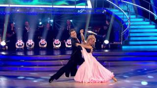 Chelsee Healey & Pasha Kovalev -  Waltz - Strictly Come Dancing 2011 - Week1