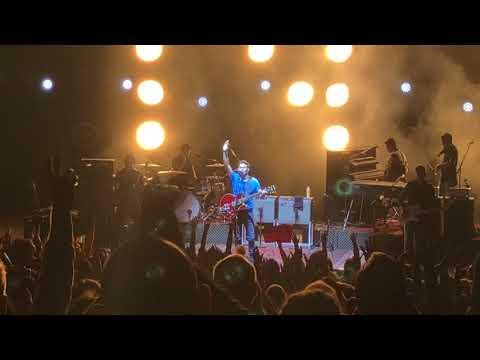 Mirrors - Niall Horan HD || Flicker World Tour || Mountain View, Ca