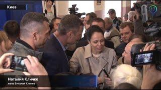 Кто по национальности жена Виталия Кличко?