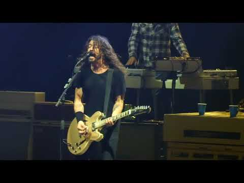 """Everlong"" Foo Fighters@Madison Square Garden New York 7/16/18"