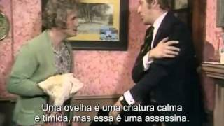 Monty Python - Groupies/Exterminador/Ovelha assassina (LEGENDADO)