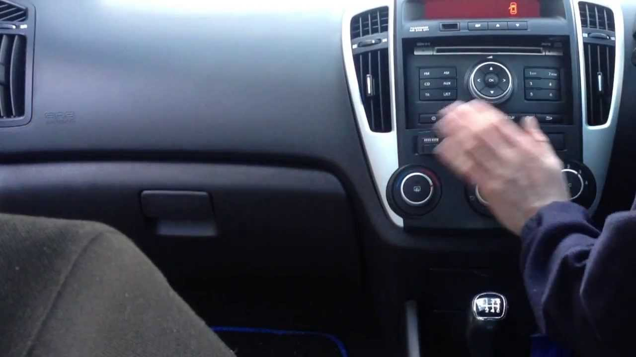 parrot bluetooth installation in a kia ceed youtube rh youtube com Kia Ceed Interior Kia Ceed 2013